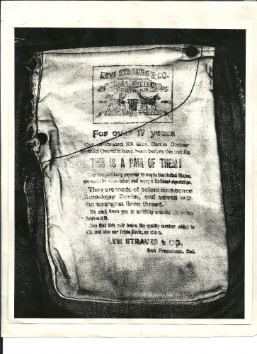 Inside pocket detail that Barbara read, confirming she had a pair of Levi's vintage jeans.