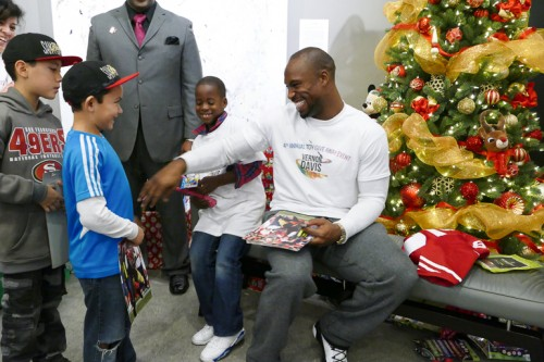 Vernon Davis at his Toy Giveaway