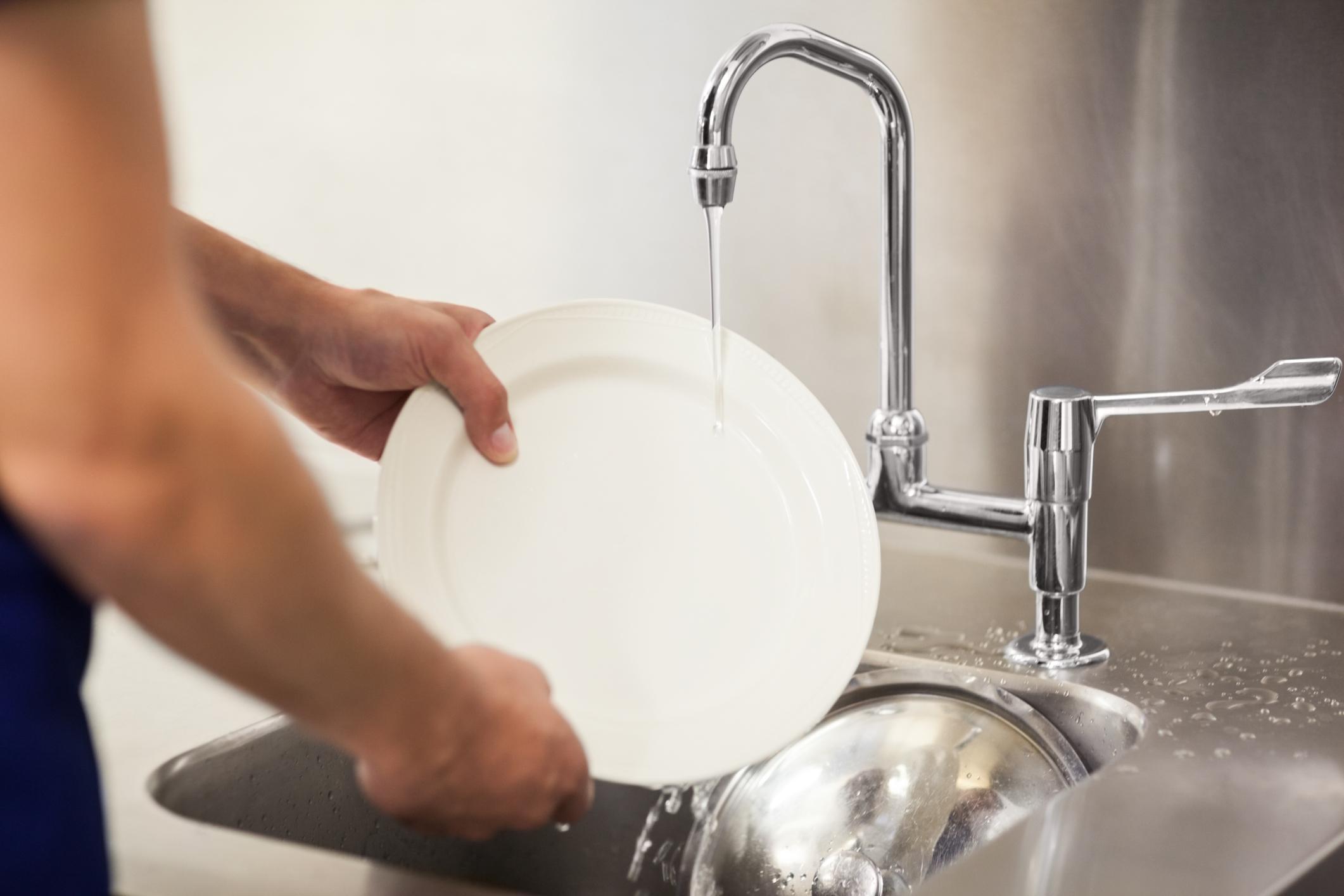 Lavando a mano hand washing - 2 3